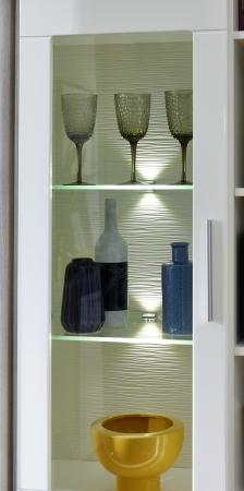 Obývací nábytek CARIA_detail LED osvětlení u vitrin_obr. 17