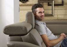 Kožená sedací souprava COMET-L_detail polohovatelných opěrek hlavy_obr. 17