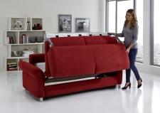 Sofa s funkcí na spaní COMFORT SLEEP_šířka sedáku 162 cm, područky tap 21, vzhled polštářů typ A, korpus typ A, plocha na spaní 148 x 200 cm_v látce Kati bordeaux_obr. 10