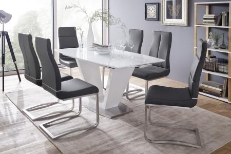 Jídelní stůl CRIS v interieru_obr. 1