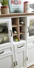 Obývací / jídelní nábytek JASPER_detail provedení regálku na lahve vína_obr. 21