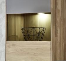 Obývací nábytek LAVA_detail vitriny a LED osvětlení_obr. 12