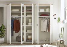 Ložnicový nábytek TRENTO_ šatní skříň 5-ti dveřová_ čelní pohled_ otevřená_ obr. 5