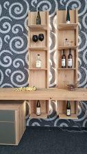 Obývací nábytek ALIVIO_ detail závěsných regálů_ foto prodejna_ obr 11