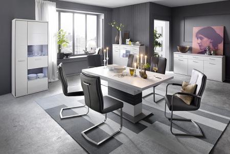 Jídelní židle MONDO a MONDO s područkami v interieru (4)