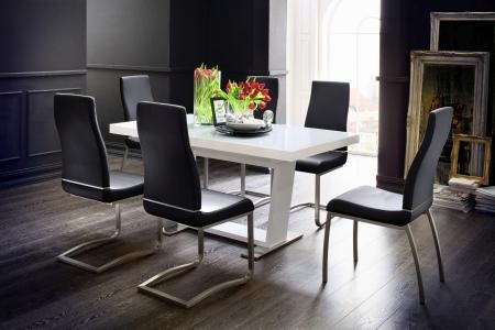 Jídelní židle NELA v interieru_mix s NELA II._obr. 4