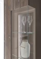 Obývací a jídelní sestavy CALABRIA basaltgrau_detail vitriny a LED osvětlení_obr. 12