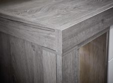 Obývací a jídelní nábytek GRACE _ detail provedení korpusu_  obr. 27