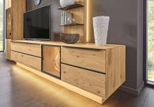 Obývací a jídelní nábytek VALERO_ detail volitelného LED osvětlení  u Lowboardů_ za příplatek_ obr. 22