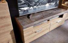 Obývací nábytek REZZO _detail horní desky u TV-spodního dílu _obr. 10