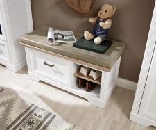 Předsíňový nábytek JASPER_detail lavice s polštářem na sezení_obr. 9