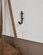 Předsíňový nábytek JASPER_detail háčků na šaty_obr. 11