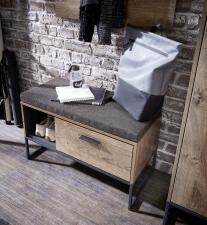 Předsíňový nábytek RICHMOND_ detail lavice se sedacím polštářem _obr. 9