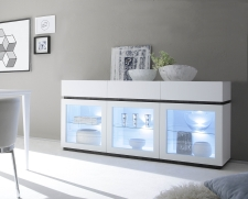 Sideboard (komoda) REX_bílá-wenge_sokl_3 proskl. dv.+ 3 zásuvky