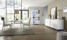 Obývací a jídelní nábytek TORINO_vitrina_sideboard_jídelní stůl 180 cm, nohy z akrylového skla_obr. 12