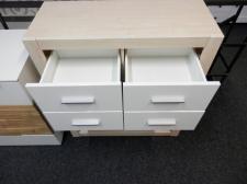 Zásuvková skříňka s regálem NEMO_foto prodejna_obr. 3